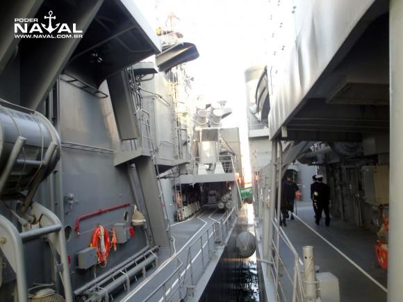 Visita navios japoneses Santos 7-8-2015 - foto 12 Poder Naval