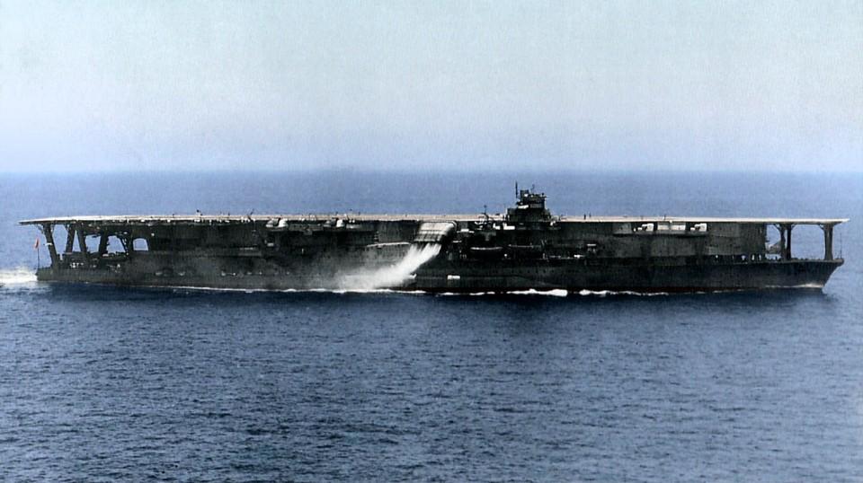 O porta-aviões Kaga original, da Segunda Guerra Mundial