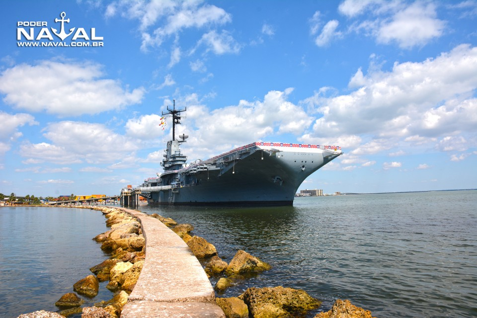 USS Lexington - 21