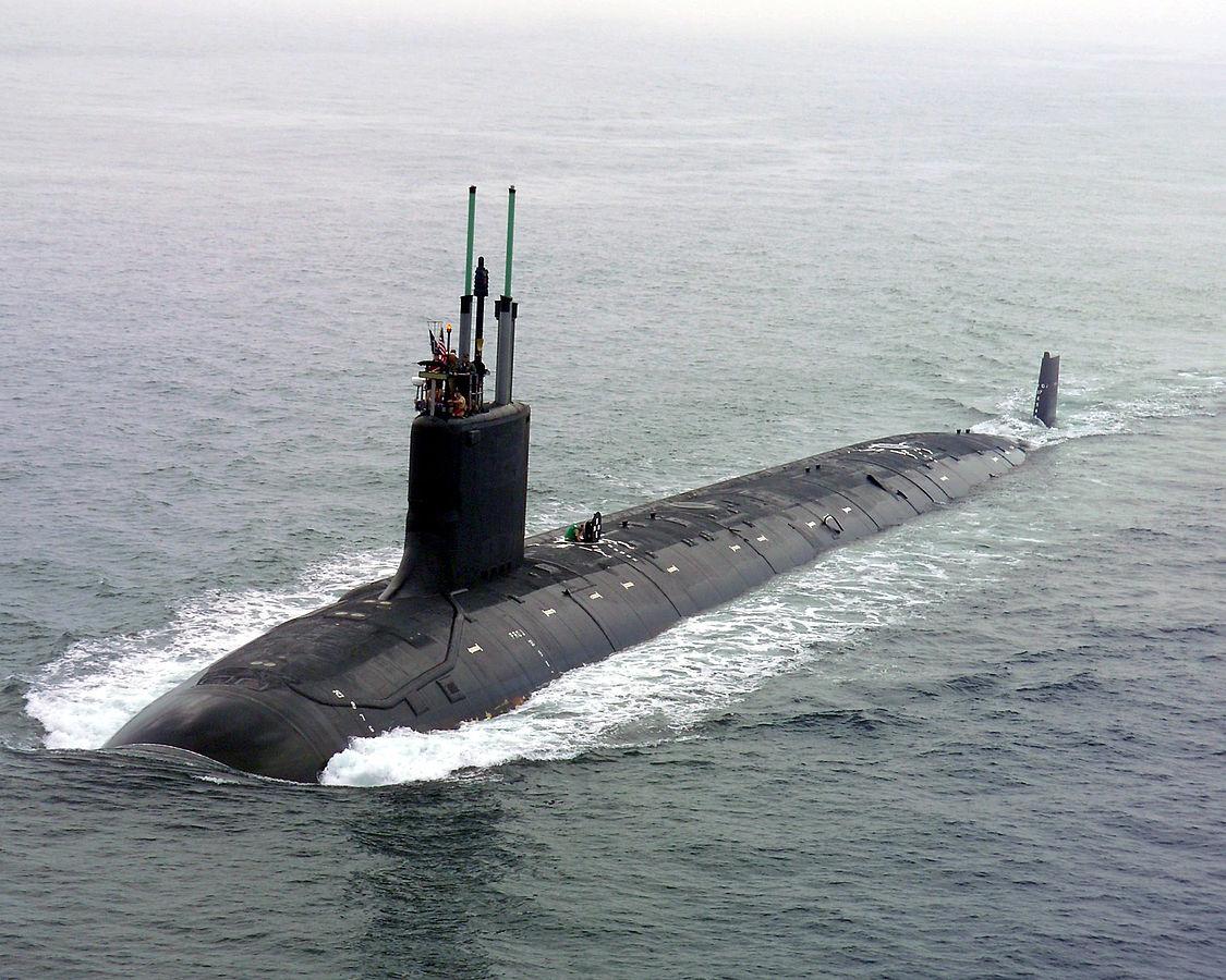1125px-US_Navy_040730-N-1234E-002_PCU_Virginia_(SSN_774)_returns_to_the_General_Dynamics_Electric_Boat_shipyard