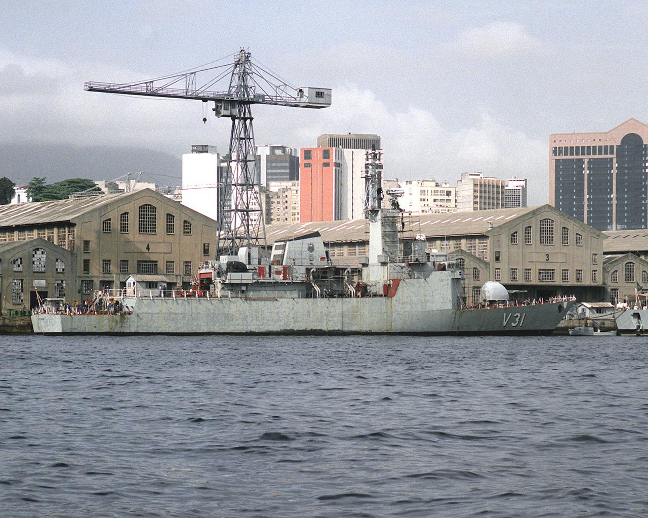 Corveta Jaceguai em acabamento no Arsenal de Marinha do Rio de Janeiro. Foto: US Navy