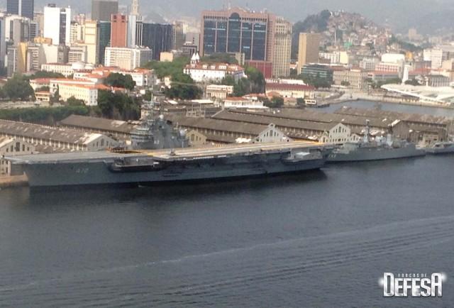 AMRJ em 9jan2016 - foto 3 Nunao - Poder Naval