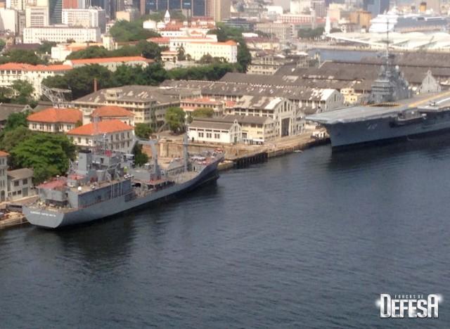 AMRJ em 9jan2016 - foto 4 Nunao - Poder Naval