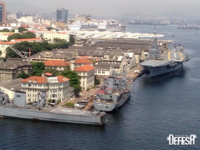 AMRJ em 9jan2016 - foto 5 Nunao - Poder Naval