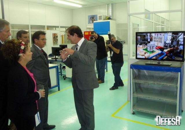 Thales inaug centro sonares - visita 1 - foto Fernando Nunao - Poder Naval