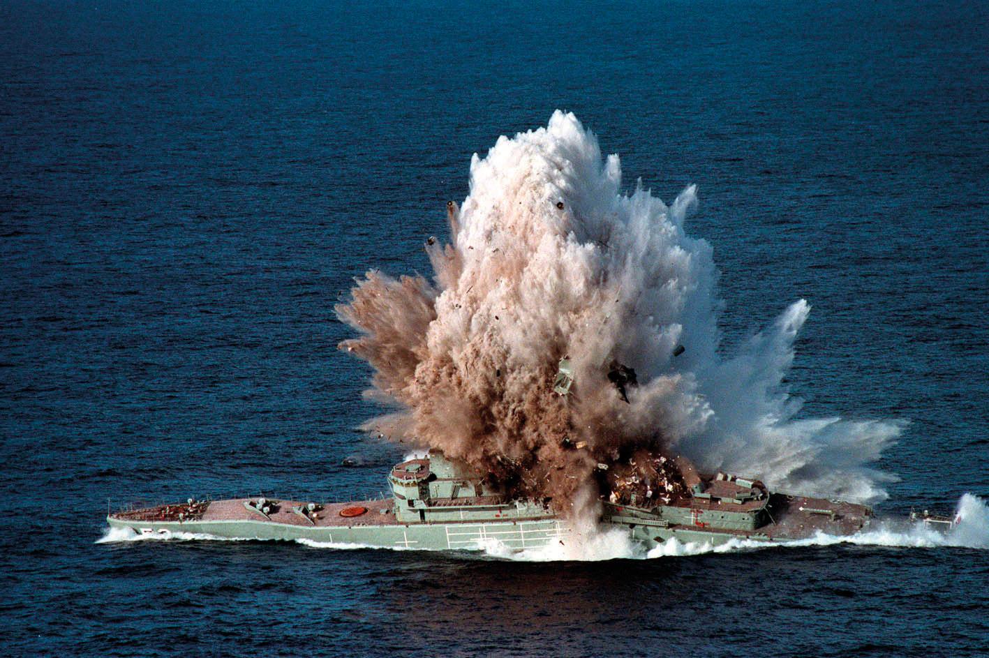 HMAS Torrens (DE-53) MK48 torpedo exercise - 4