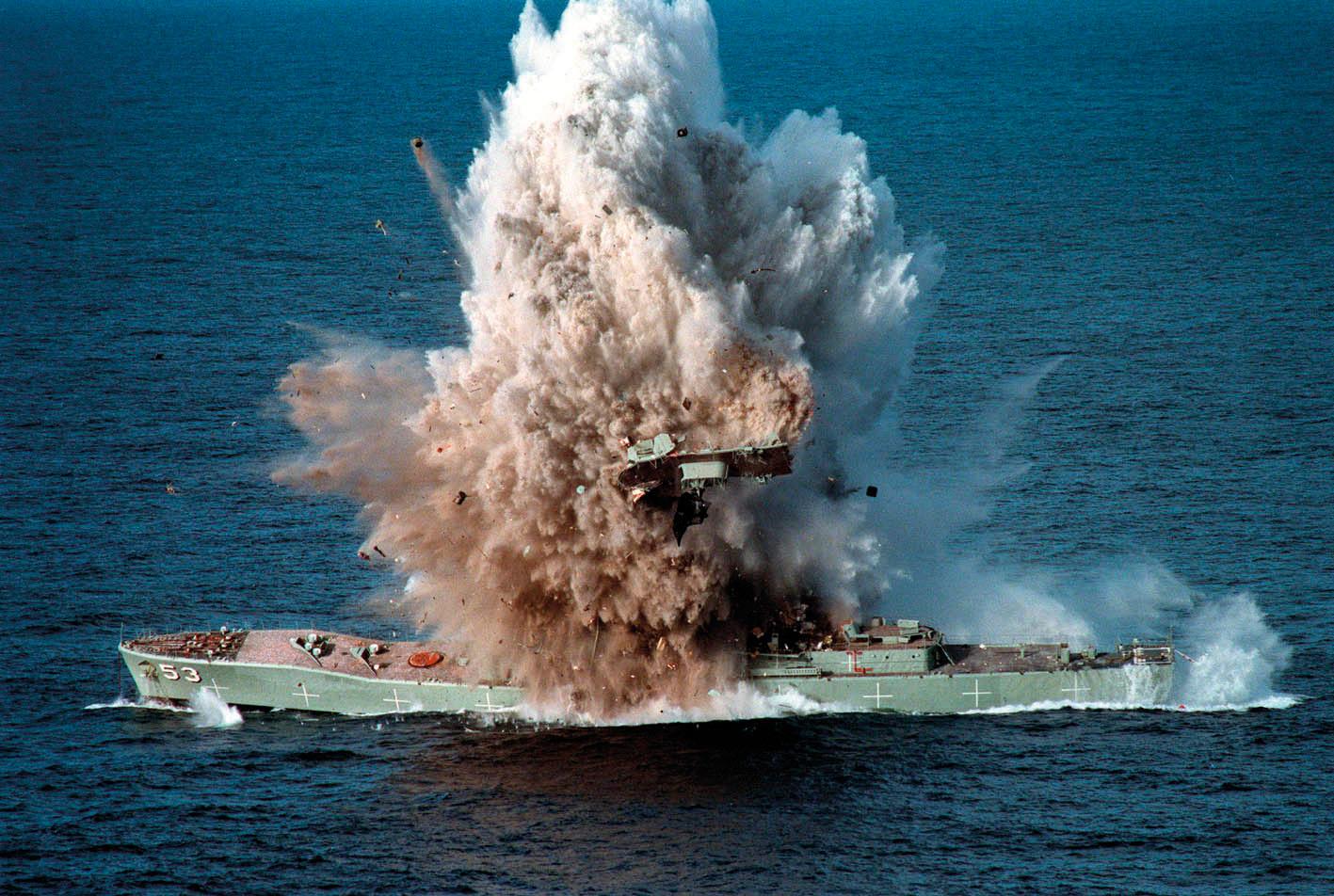HMAS Torrens (DE-53) MK48 torpedo exercise - 5