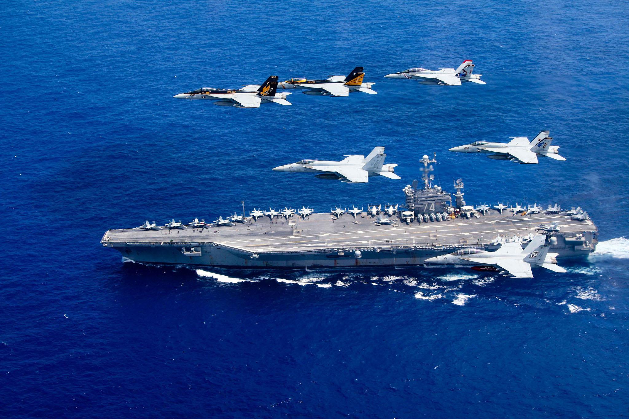 USS John C. Stennis (CVN 74) and USS Ronald Reagan (CVN 76) - 6