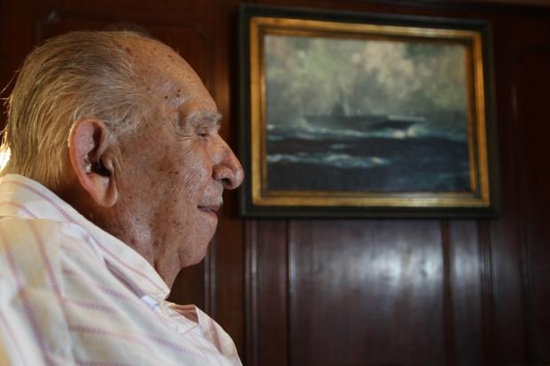 Almirante Hélio Leôncio Martins