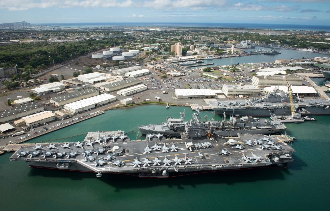 RIMPAC 2016 - navios atracados em Pearl Harbor - foto 3 USN