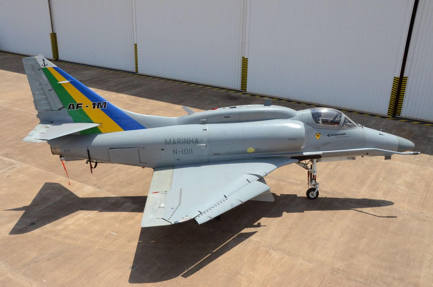 5c23a5bb537 Marinha do Brasil reavalia o programa de modernização de seus AF-1 Skyhawk