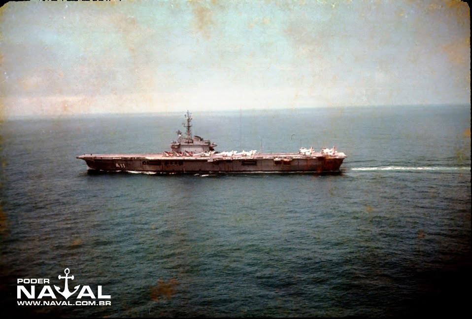 NAeL Minas Gerais navegando
