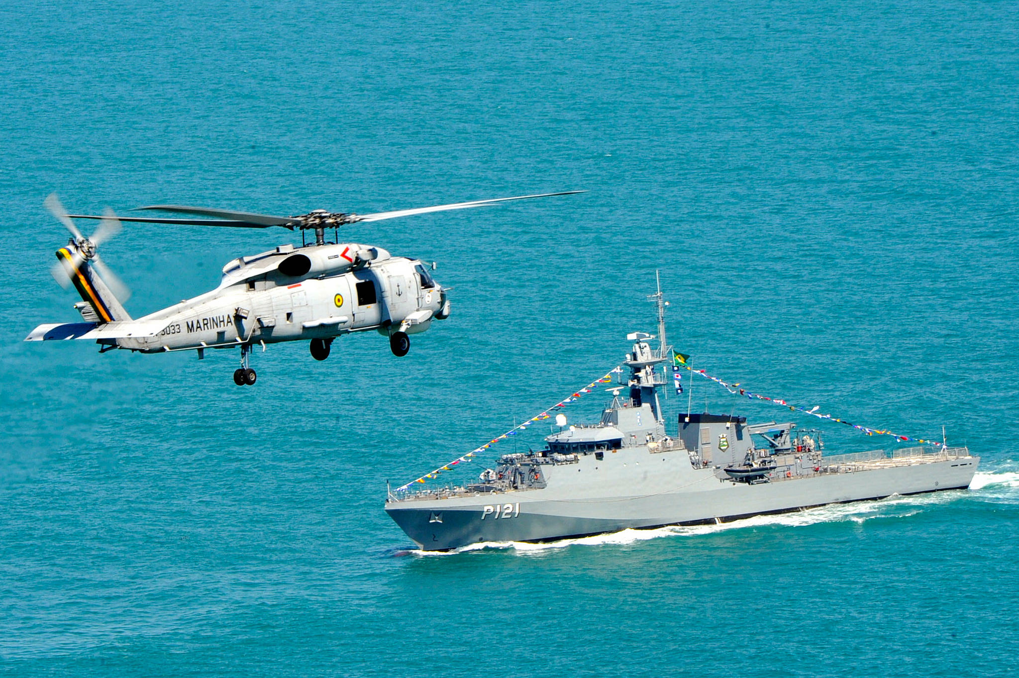 SH-16 Seahawk e NPaOc Apa