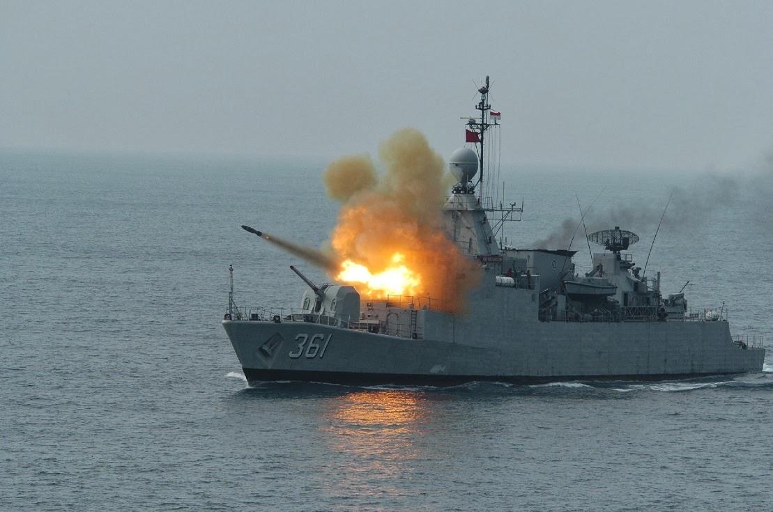 Lançamento de foguete antissubmarino Boroc
