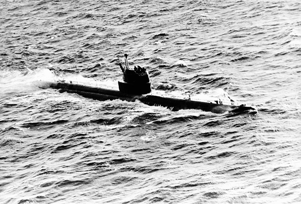 Submarino soviético classe W (Whiskey). Foto: US Navy