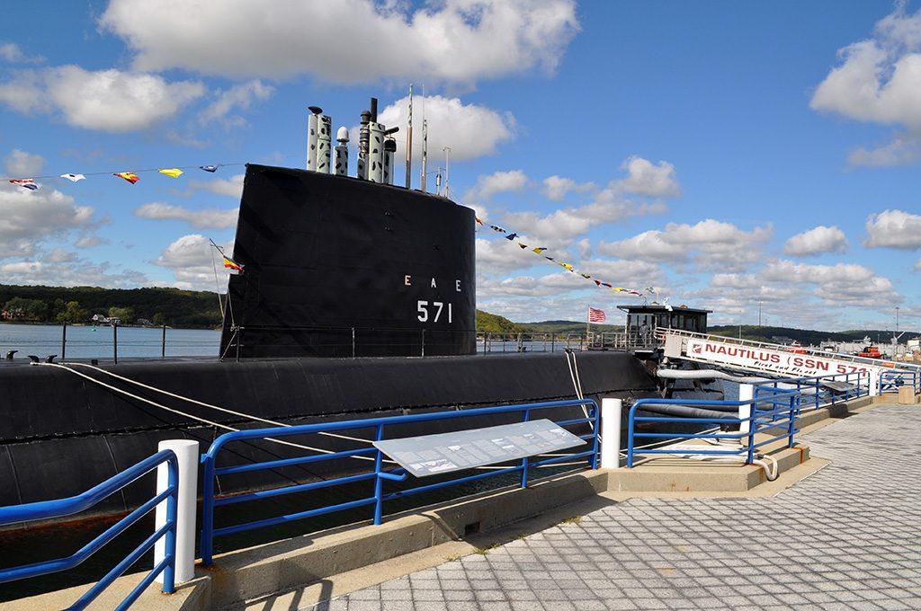 uss-nautilus-5