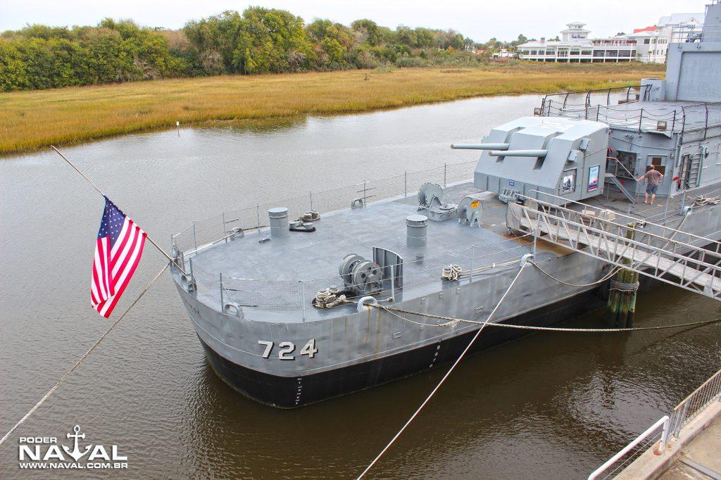 A popa do Laffey: o sonar VDS foi removido