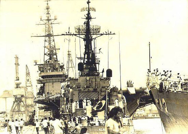 Visitação em navios da Esquadra no Porto de Santos-SP, em 26 de janeiro de 1981