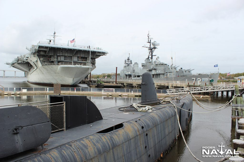 uss-clamagore-17