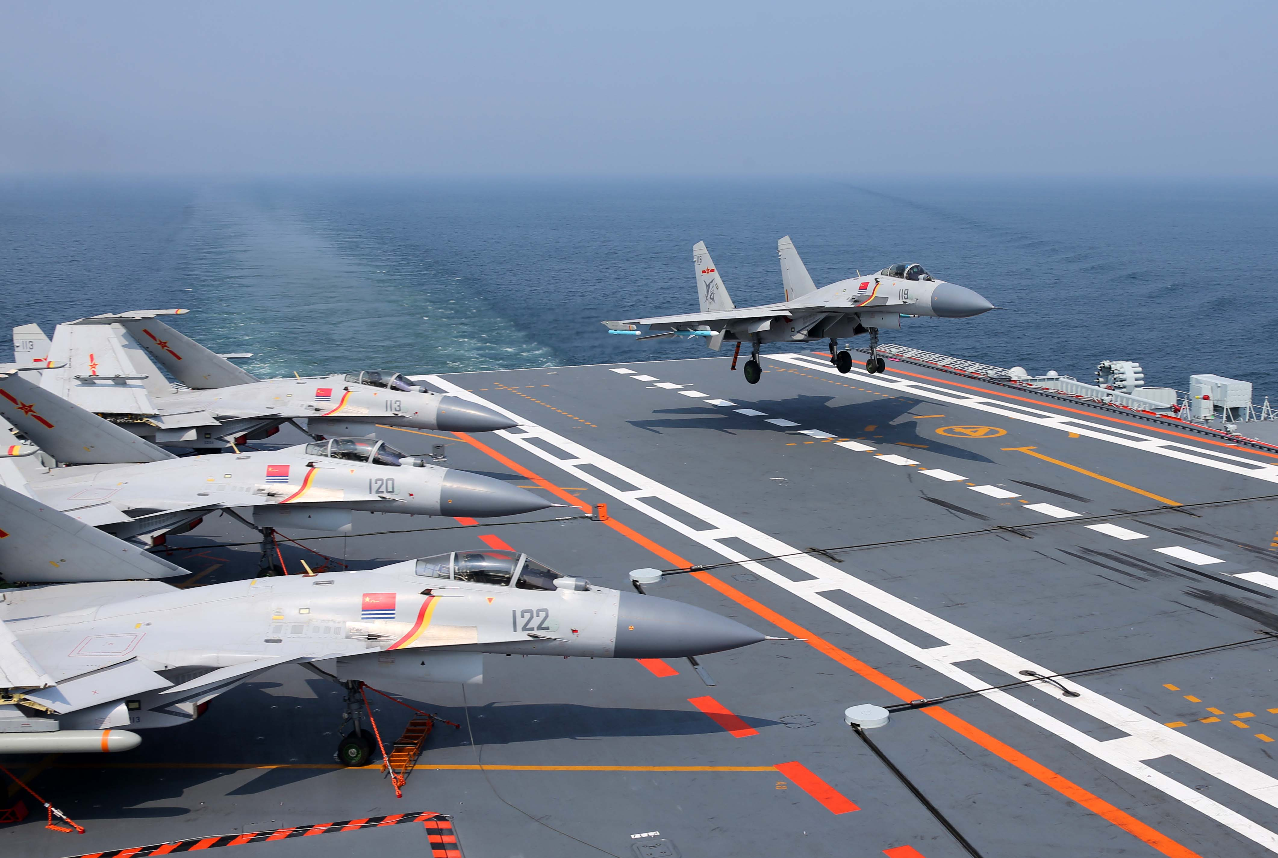 http://www.naval.com.br/blog/wp-content/uploads/2017/07/liaoning-11.jpg