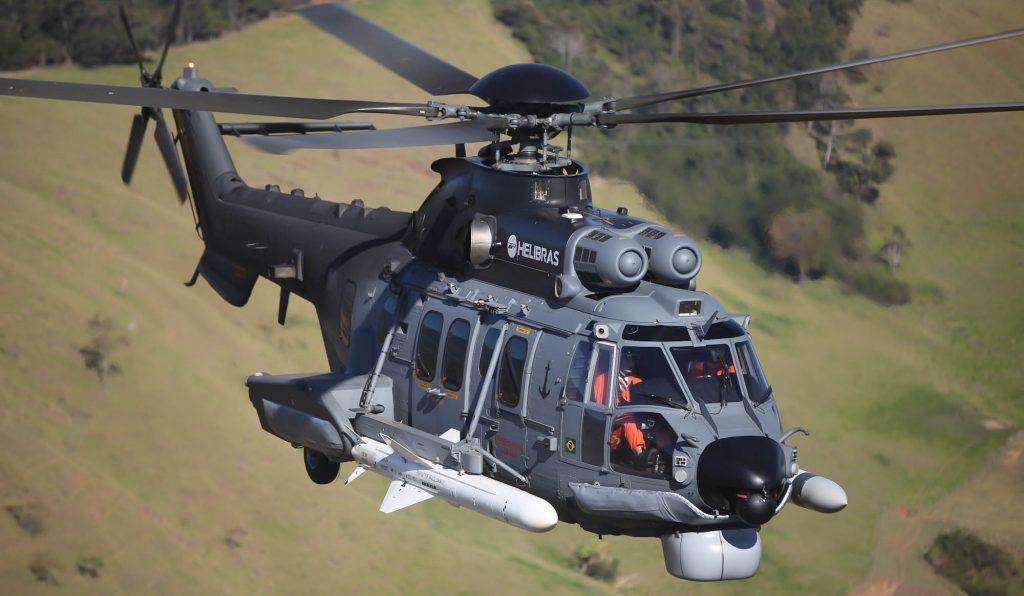H225M (UH-15A) com dois mísseis antinavio AM-39 Exocet