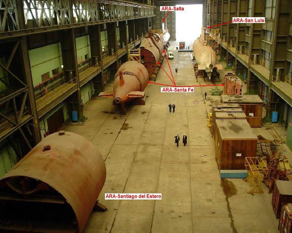 Submarinos argentinos Tr 1700 que tiveram sua construção interrompida continuam armazenados