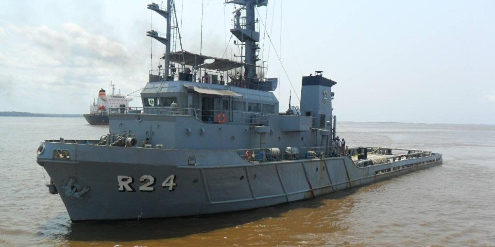 Rebocador de Alto-Mar Almirante Guilhem