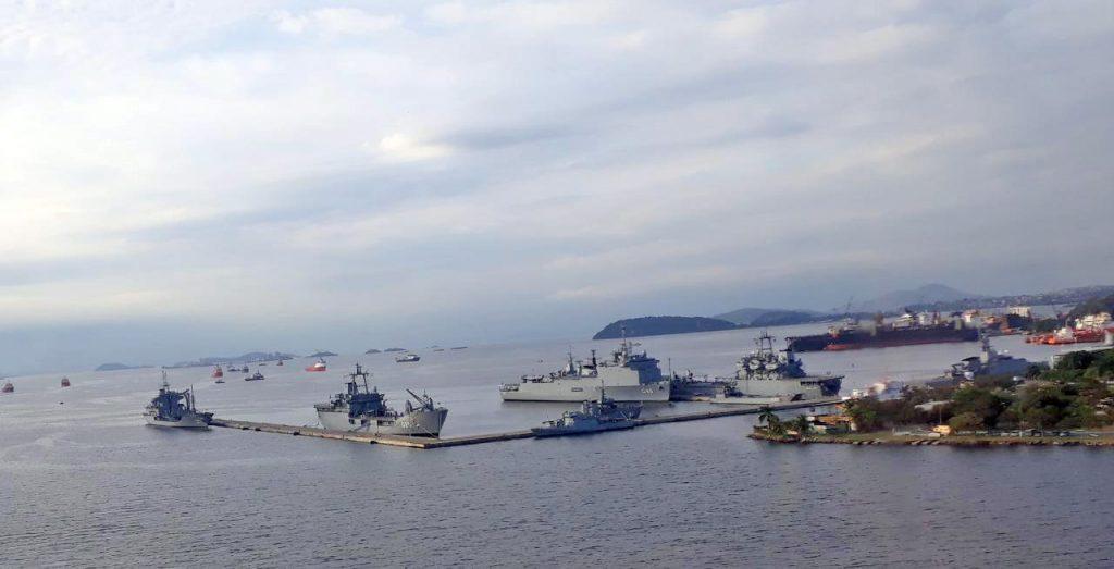 Navios da Marinha do Brasil na Base Naval do Rio de Janeiro - Foto Marcos Silva