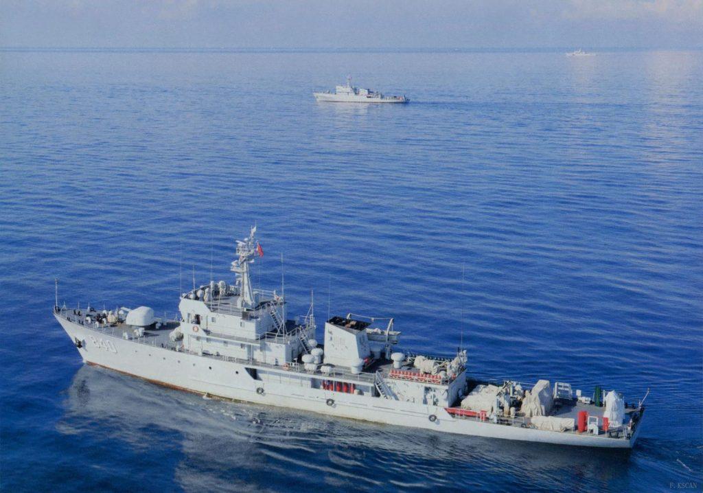Navios-varredores chineses