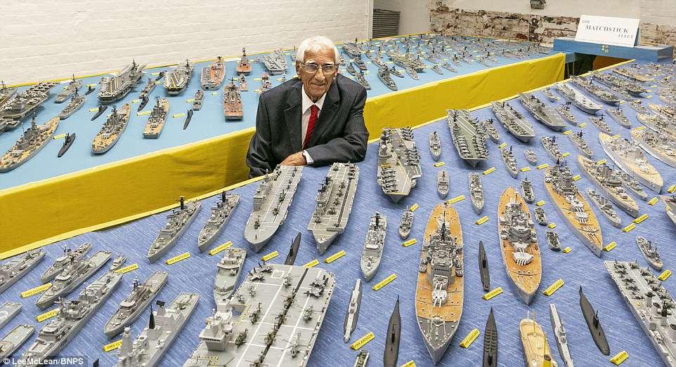 Phillip Waren e sua frota de navios feitos de palitos de fósforo
