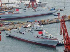 Dois destróieres Type 55 lançados simultâneamente na China