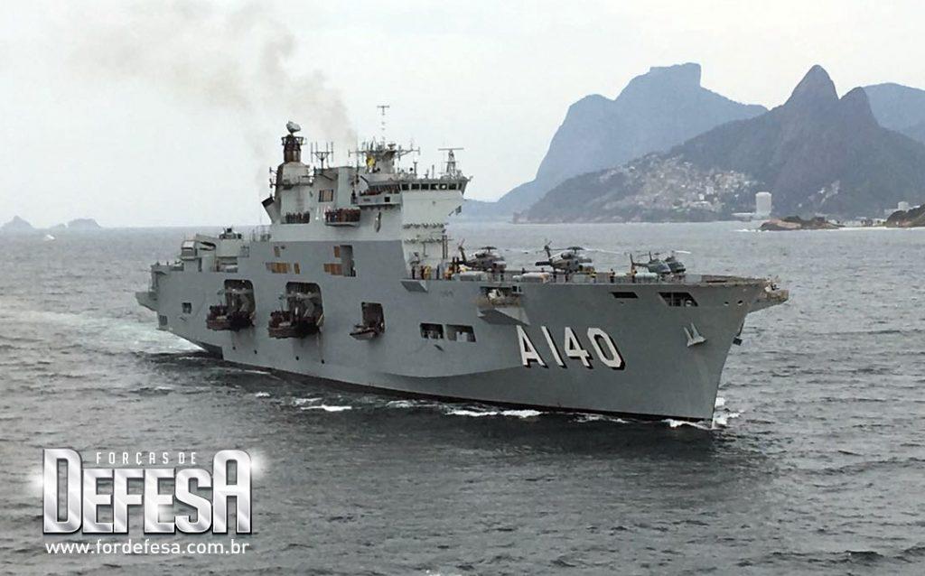 Chegada do PHM Atlântico (ex-HMS Ocean) ao Rio de Janeiro