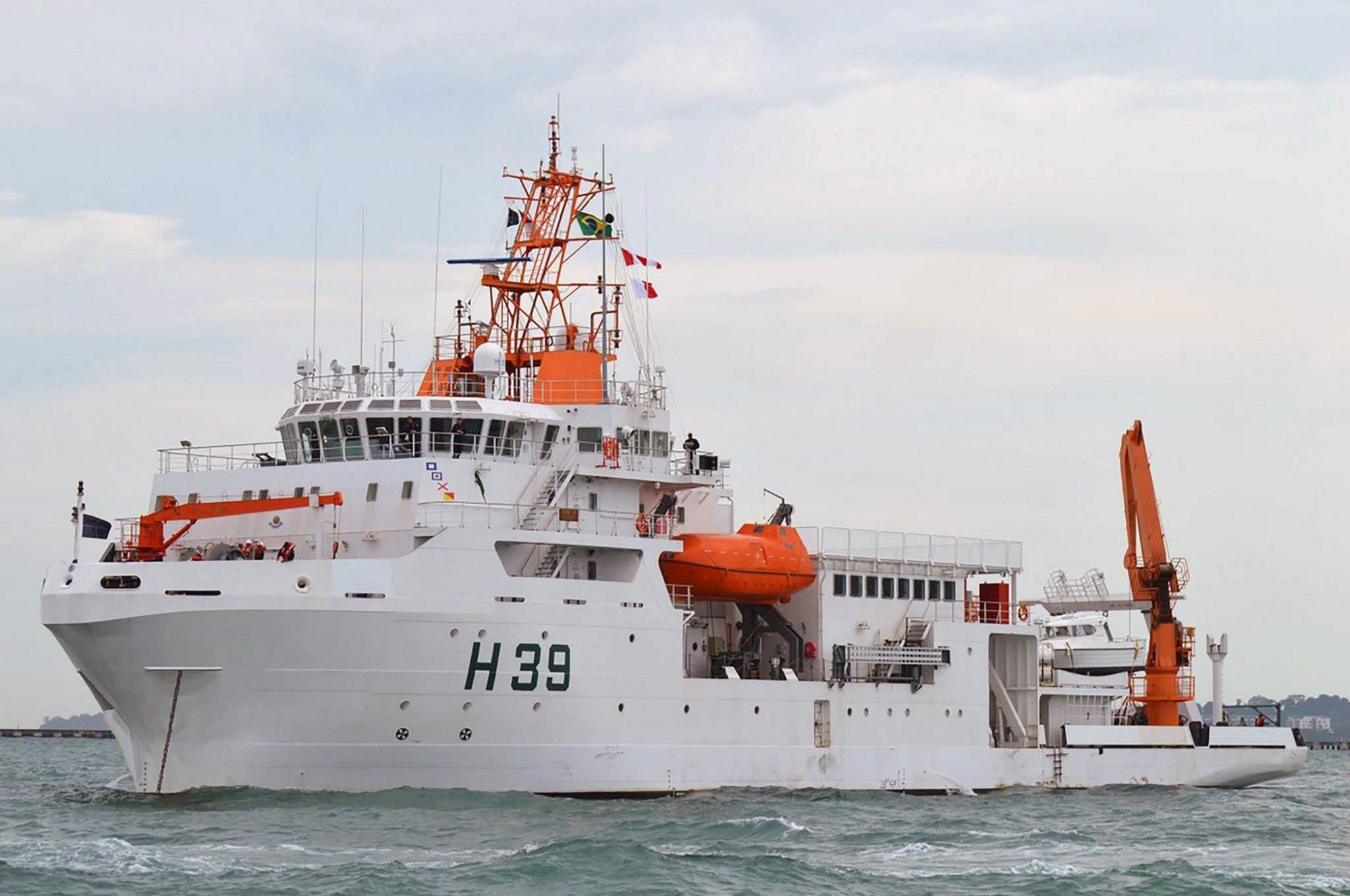Navio de Pesquisa Hidroceanográfico (NPqHo) Vital de Oliveira – H-39