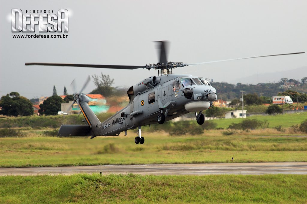 Pouso do SH-16 Sea Hawk