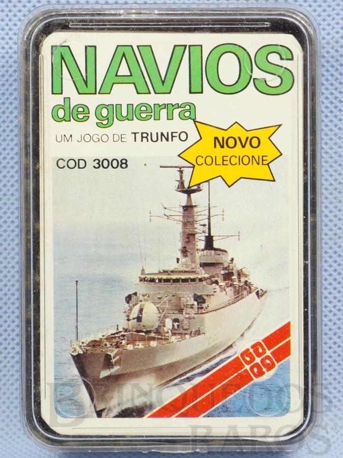 A imagem da capa do Super Trunfo de Navios de Guerra era a fragata britânica Type 21, que foi usada como base para as fragatas classe Niterói do Brasil