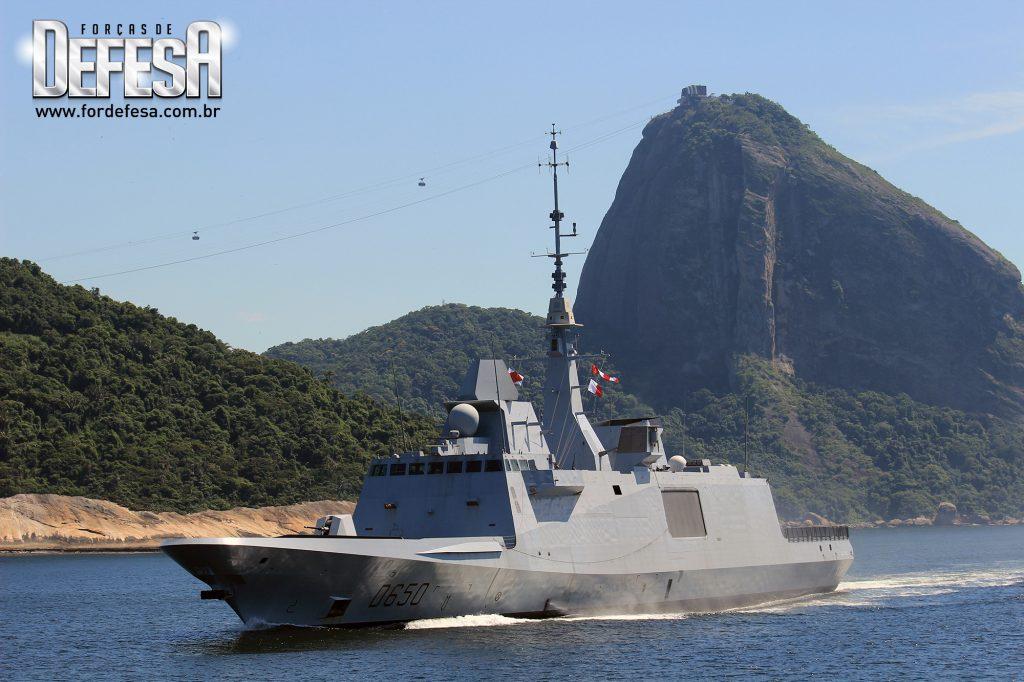 Visita da fragata FREMM ao Rio de Janeiro em 2013. A foto feita por Alexandre Galante virou peça de propaganda internacional da DCNS, atual Naval Group