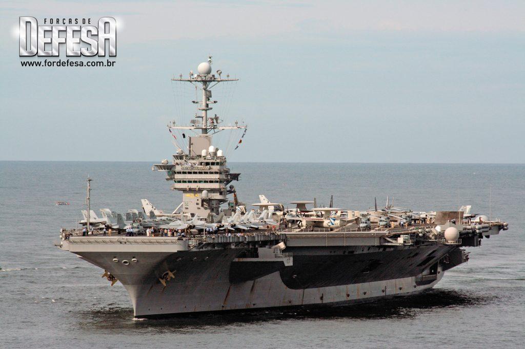 Visita do porta-aviões USS George Washington ao Rio de Janeiro, em 2008