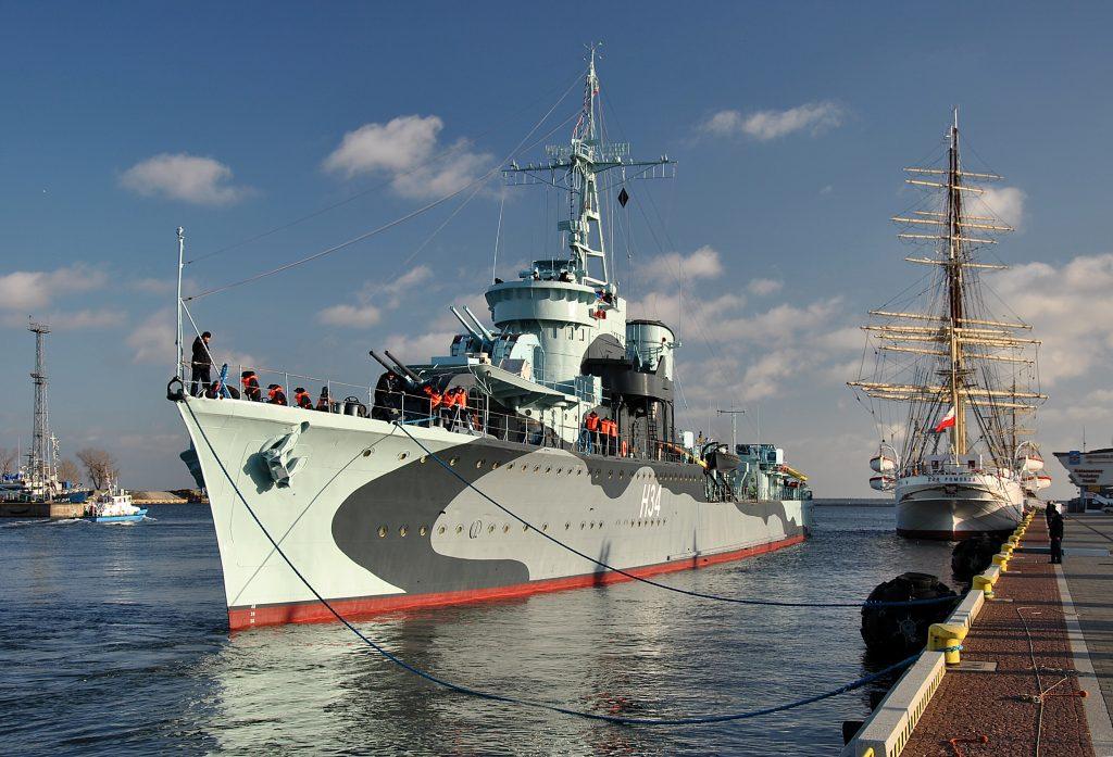 ORP Błyskawica (H34), um destróier da classe Grom lançado em 1936, agora um navio museu em Gdynia, Polônia