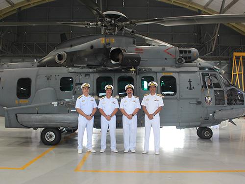 (Da esq. p/ dir.) Contra-Almirante Montenegro, Vice-Almirante Cunha, Vice-Almirante Newton e Contra-Almirante Cursino