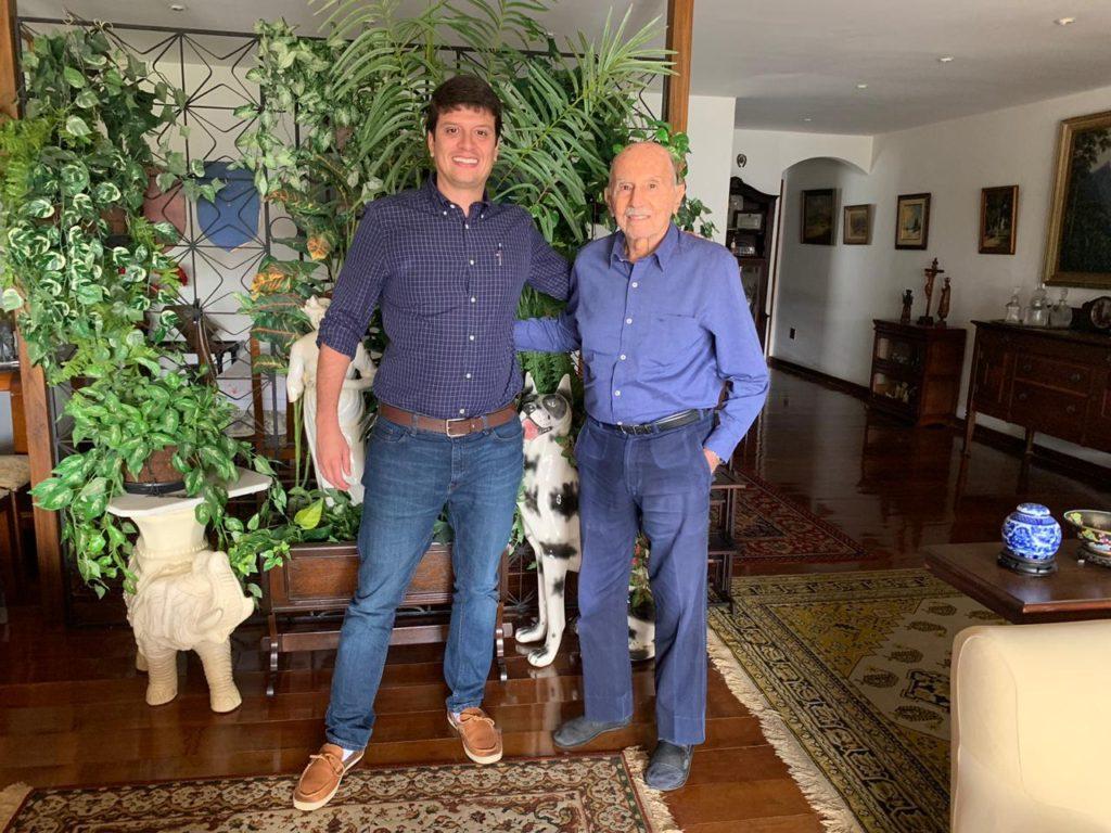 O historiador Bernardo Carvalho e o ex-Ministro da Marinha Alfredo Karam