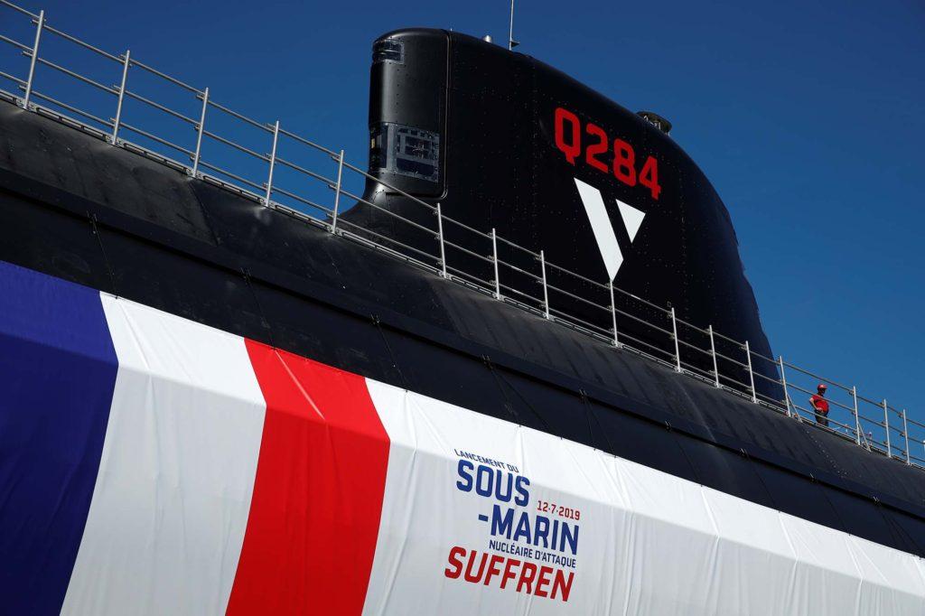 Vela do Suffren, primeiro da série de submarinos nucleares de ataque da classe Barracuda