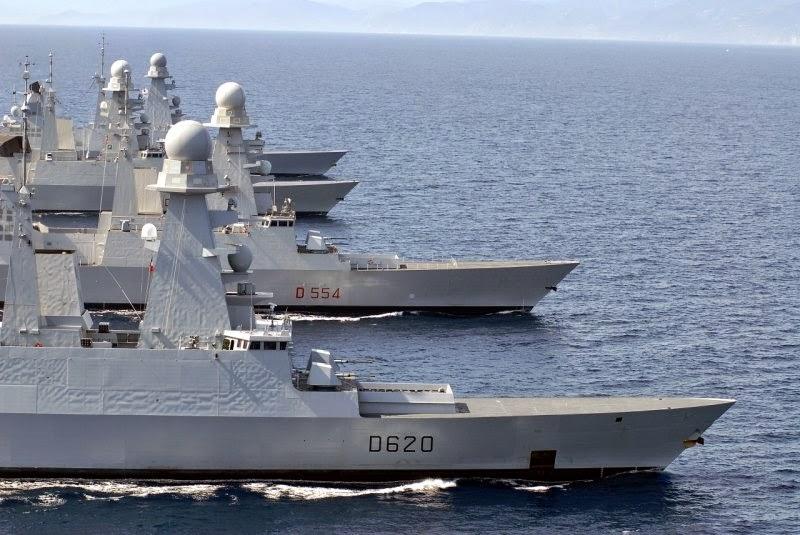 Fragatas classe Horizon e Orizzonte da França e Itália em operação conjunta