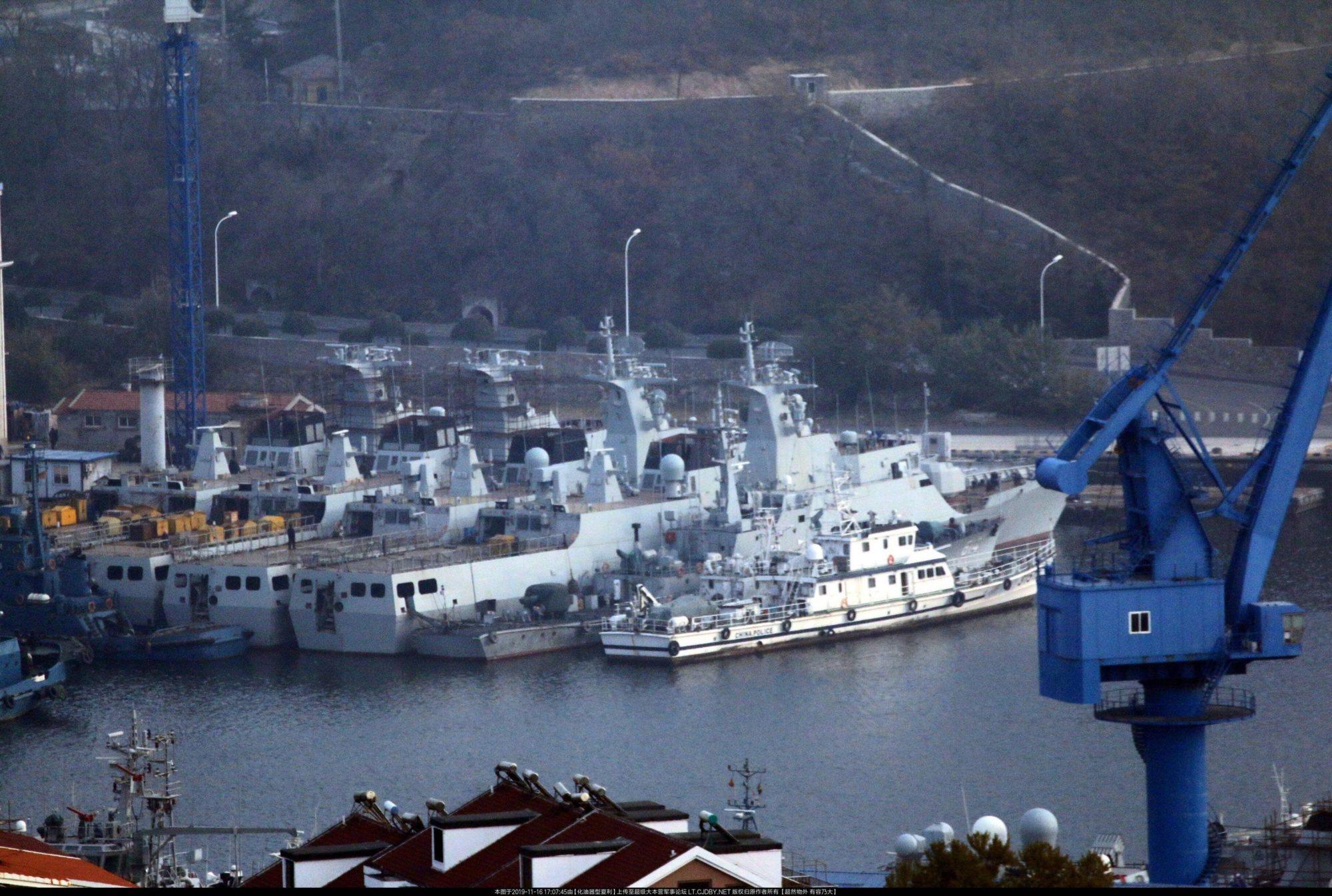 Corvetas Type 056 em acabamento