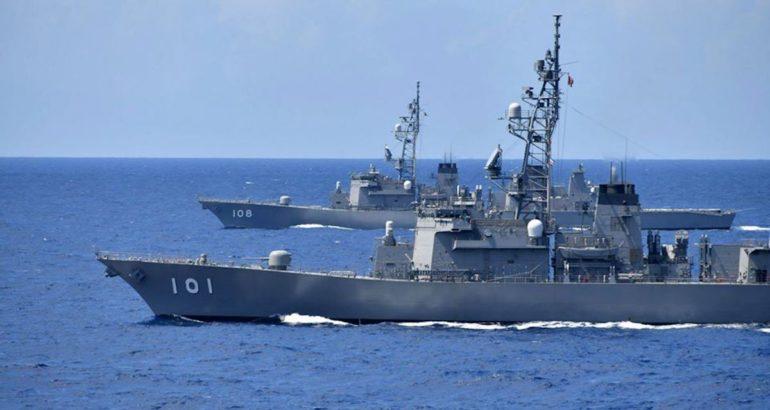Destróieres Murasame (DD-101) e Akebono (DD-108)