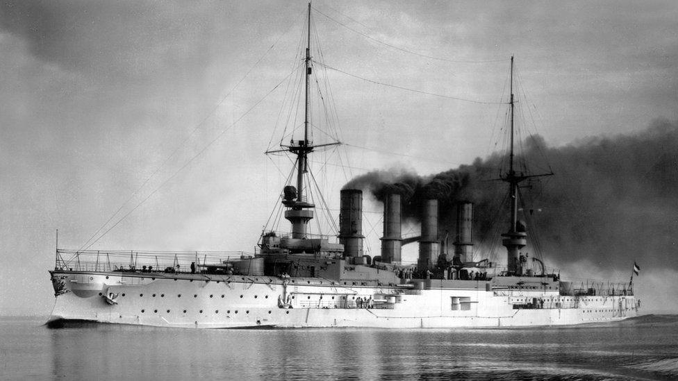 O SMS Scharnhorst foi o navio capitânia da esquadra da Ásia Oriental, a única formação naval permanente da Alemanha