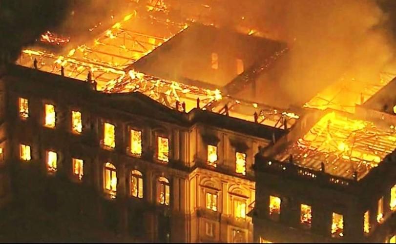 museunacional inccendio.png
