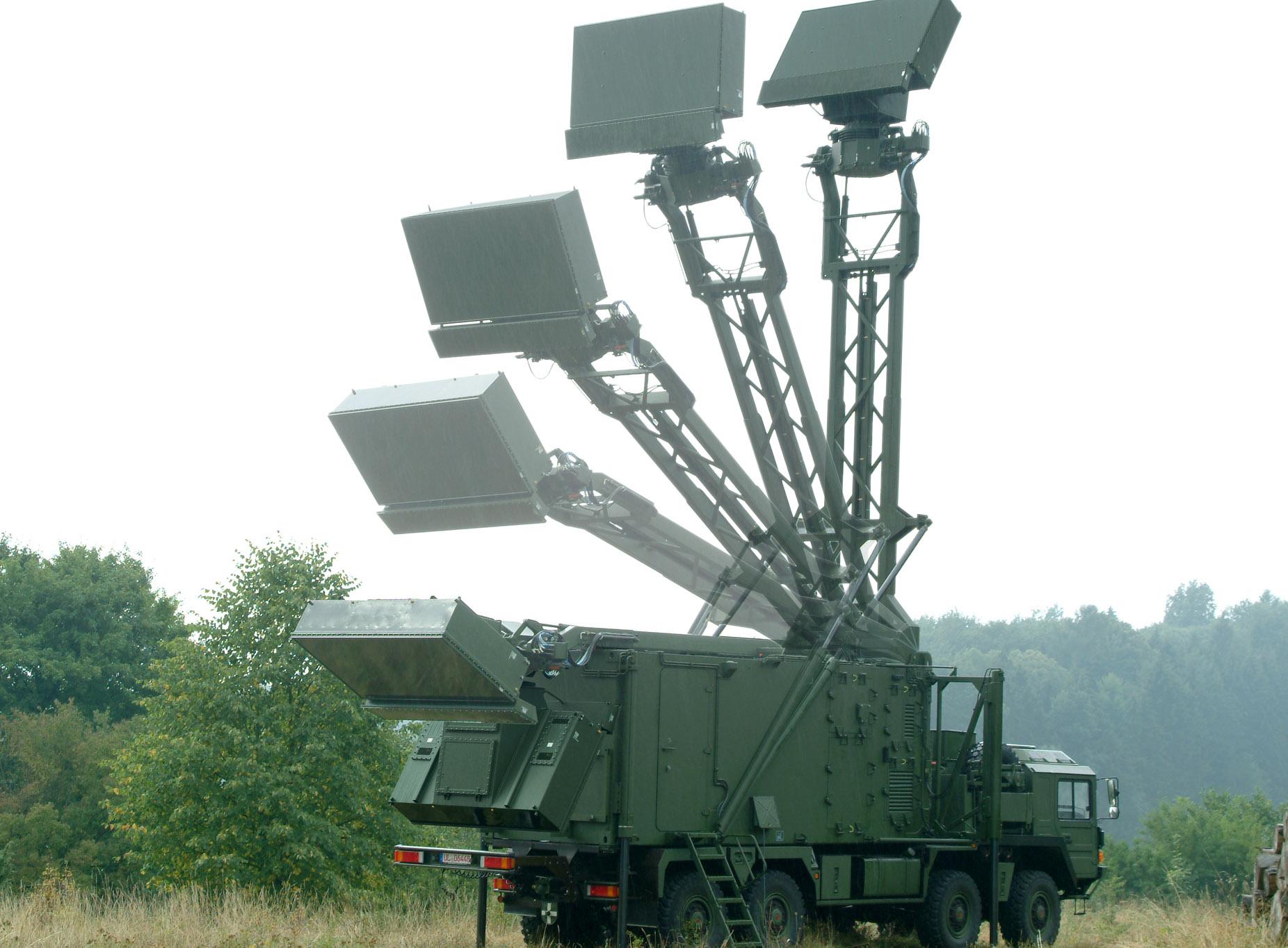 Radar terrestre móvel de defesa aérea TRML-3D da Hensoldt