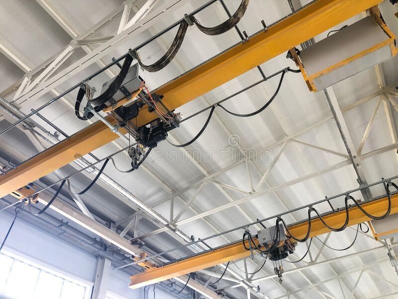 overhead-cranes-inside-industrial-building-bridge-hangar-205415280.jpg